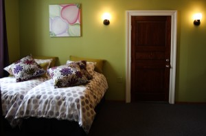 Suite Dreams King/Twin Suite - Kingston, NY